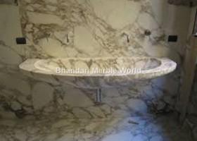 macchia gold marble